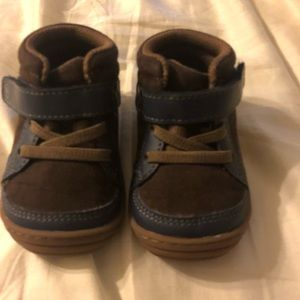 Stride Rite shoes size 4